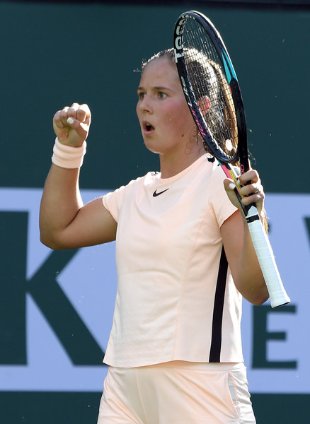 Daria Kasatkina celebrates her fourth top-20 victory in a month | Photo: Kevork Djansezian/Getty Images North America