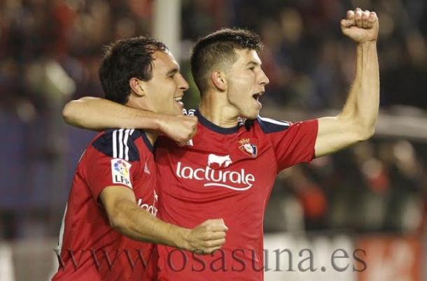 Unai y David García celebran un gol. Foto: Osasuna.
