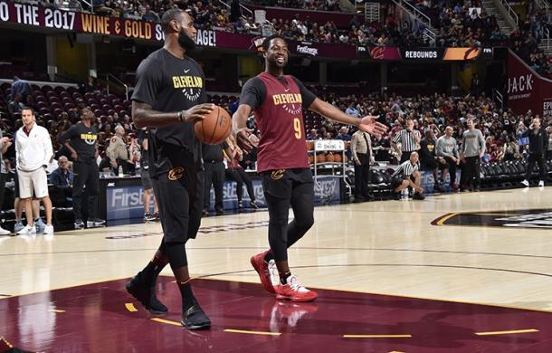 LeBron y Wade se reunen para volver a intentarlo. | Fotografía: David Liam Kyle / NBAE via Getty Images