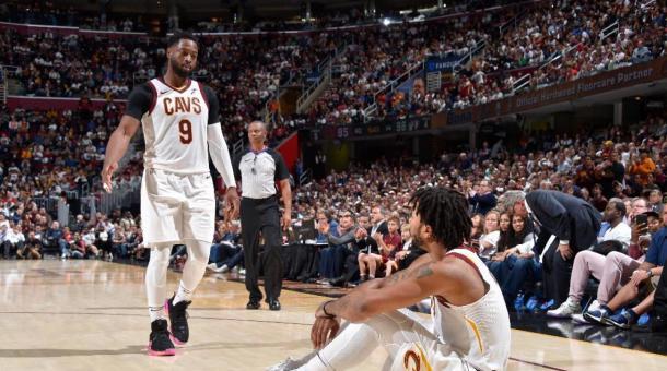 Wade y Rose tuvieron algunos problemas de adaptación en Cleveland. | Fotografía: David Liam Kyle / NBAE via Getty Images
