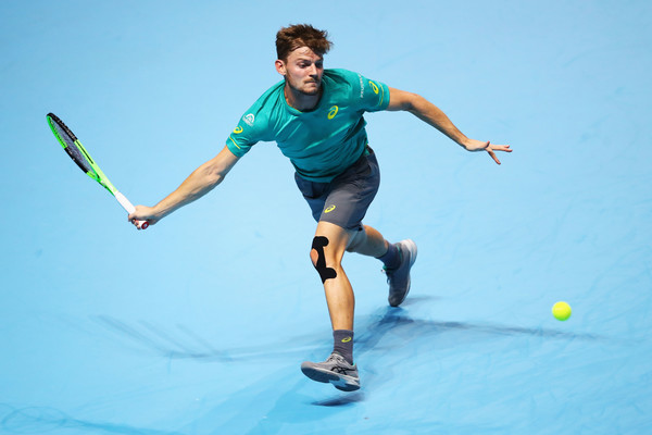 David Goffin runs to retrieve a forehand during his huge upset over Federer | Photo: Clive Brunskill/Getty Images Europe