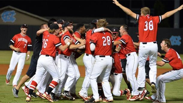The Wildcats celebrate their win. (Davidson Athletics)