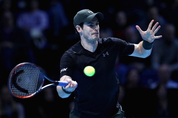 Murray hits a forehand (Photo by Julian Finney/Getty Images)