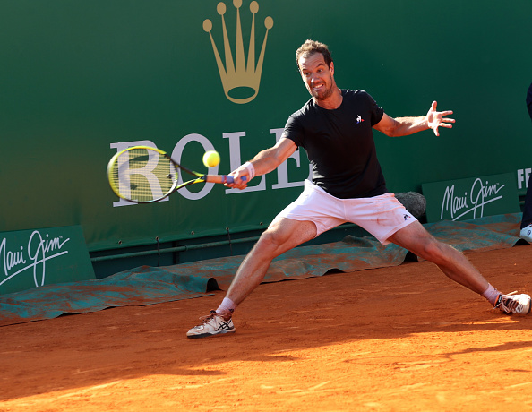 Richard Gasquet plays a return shot (Photo: Laurent Lairys/Getty Images)