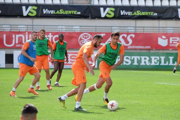 Sesión de entrenamiento del Real Murcia. Foto: Real Murcia