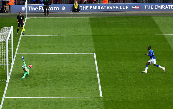 David De Gea saves a Romelu Lukaku penalty during the FA Cup  (Photo by Matt Lewis - The FA via Getty Images)