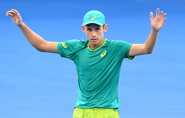 Alex De Minaur celebrates advancing to the first tour-level semifinal of his career in Brisbane. Photo: Bradley Kanaris/Getty Images