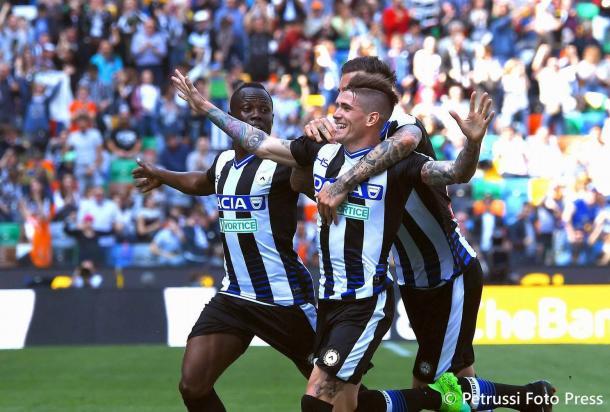 De Paul esulta per un gol al Genoa. Fonte: www.facebook.com/UdineseCalcio1896