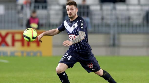 Debuchy in Bordeaux colours. (Source: Eurosport)
