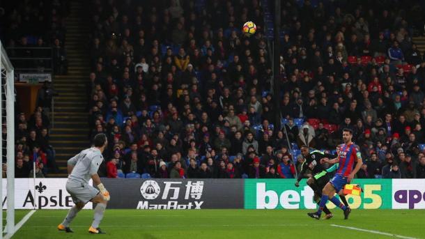 Defoe anotó un golazo en el empate de su equipo ante el Palace | Fotografía: Premier League
