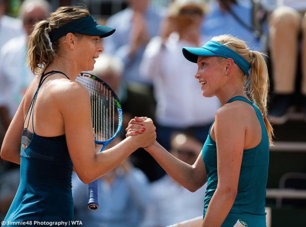 Sharapova and Vekic met at the net for a nice handshake after the match | Photo: Jimmie48 Tennis Photography
