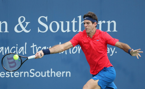 Juan Martin del Potro stretches for a forehand in Cincinnati. Photo: Rob Carr/Getty Images