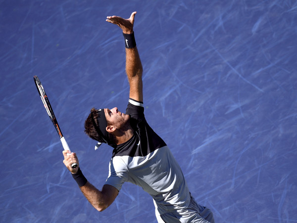 Juan Martin del Potro lines up an overhead on his way to his semifinal victory. Photo: Harry How/Getty Images