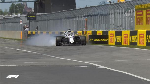 Stroll pasándose de frenada en la chicane de entrada a meta | Fuente: Twitter @F1.
