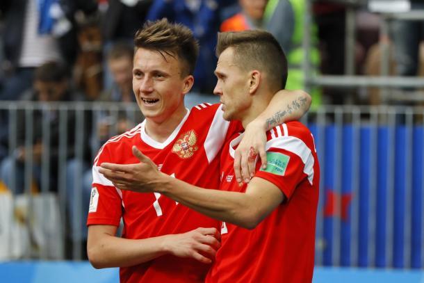 Golovin y Chéryshev, las armas rusas | Foto: @FIFAWorldCup