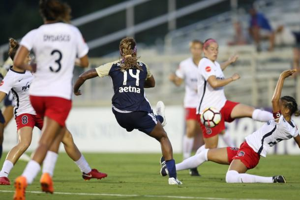 Jessica McDonald fired in a magnificent second goal | Source: nccourage.com
