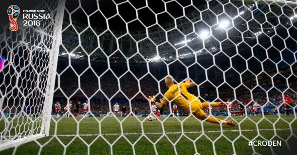 Schmeichel parando el penalti de Luka Modric | Foto: Fifa World Cup (Twitter)