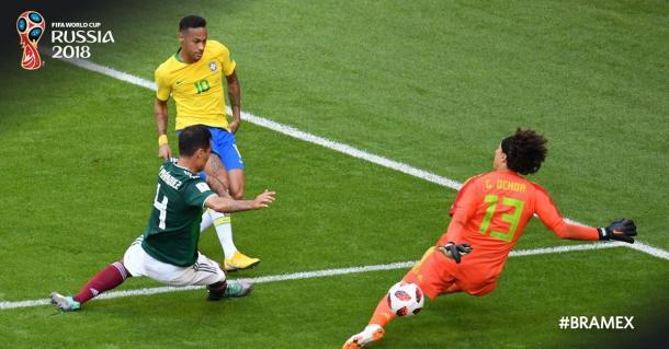Melhor oportunidade do Brasil na primeira etapa ( Divulgação /FIFA)