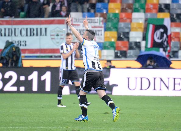 Di Natale celebra seu último gol pela Udinese (Foto: Getty Images)