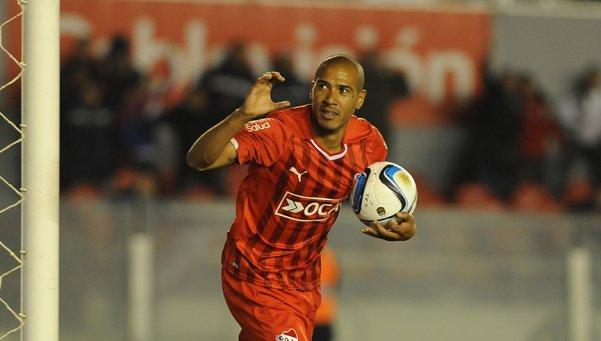 La carta de gol. Diego Vera será el 9 en el encuentro de IDA. | Foto: Diario Popular