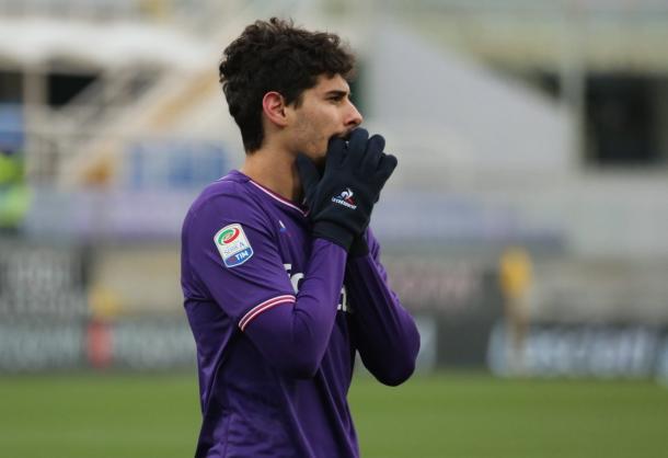 Dias entrou no segundo tempo e por muito pouco não decretou a vitória da Viola (Foto: Divulgação/ACF Fiorentina)