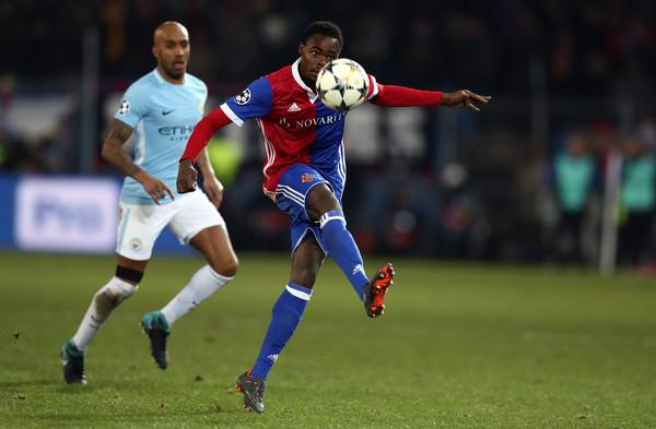 Destaque do Basel na temporada, jovem Oberlin é novidade na lista de Petkovic (Foto: Catherine Ivill/Getty Images)