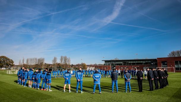 Zagueiro paranaense que jogou na Inglaterra morre jogando futebol com amigos