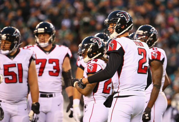 Quarterback Matt Ryan #2 of the Atlanta Falcons and teammates react against the Philadelphia Eagles. |Source: Mitchell Leff/Getty Images North America|