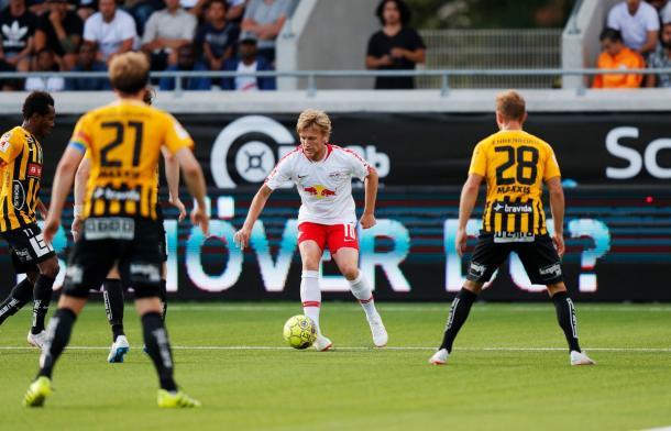Forsberg en el partido ante el Häcken | Foto: @RBLeipzig_EN