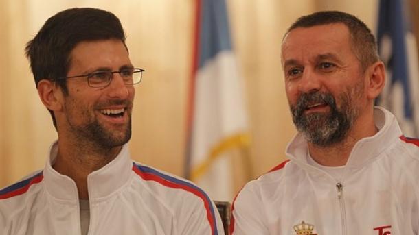 Djokovic (left) and Serb captain Bogdan Obradovic (Photo Srdjan Stevanovic)