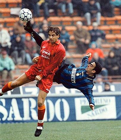 La magia di Youri Djorkaeff. | Foto: fcinter1908.it