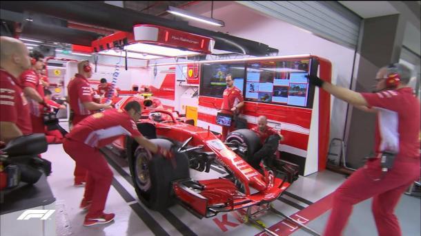 Ferrari preparándose para salir   Foto: @F1