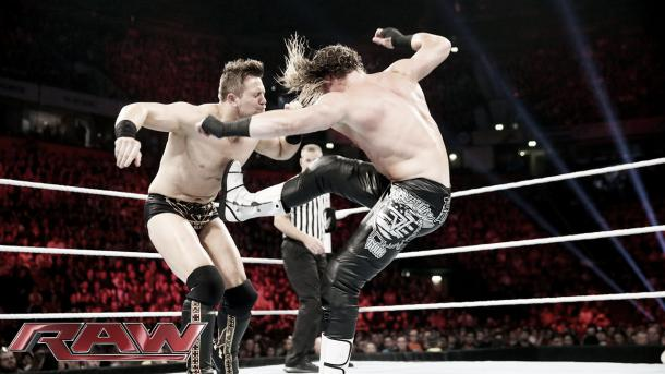 Ziegler atacando a The Miz Foto: www.wrestling.co