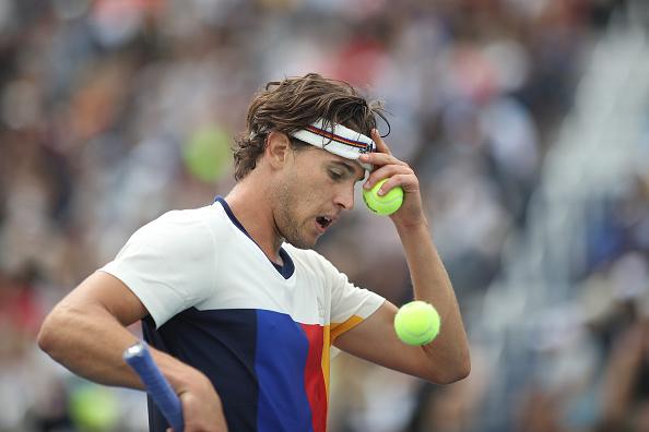 Dominic Thiem in between points (Phott: Tim Clayton/Getty Images)