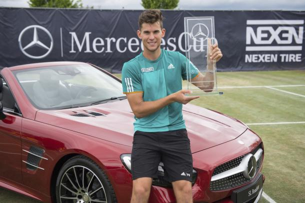 Dominic Thiem after winning his first grass title at the Mercedes Cup. Photo: Deniz Calagan/Bongarts