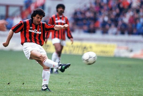 Roberto Donadoni in maglia rossonera, shoot.co.uk