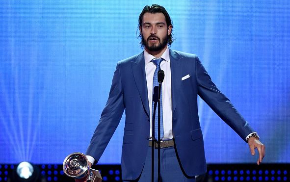 Drew Doughty talking after winning the Norris Trophy at the 2016 NHL Awards show | Ethan Miller - Getty Images