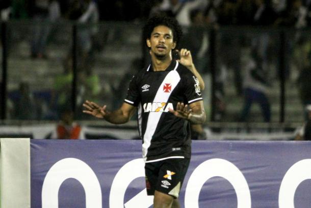 Revelado pelo Vasco, Douglas era um dos destaques do time cruzmaltino em 2017 (Foto: Paulo Fernandes/Vasco)