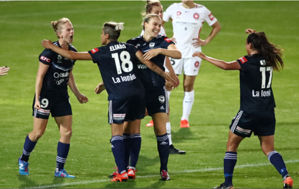 Natasha Dowie of the Melbourne Victory celebrates after scoring a goal to pull even with the Western Sydney Wanderers at 1 apiece | Photo: Scott Barbour - Getty Images