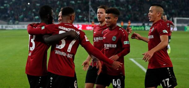 (Hannover 2-1 Wolfsburg | Foto: @Hannover96)