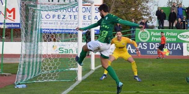 CF Villanovense en el encuentro contra Atlético Malagueño   Foto: CF Villanovense