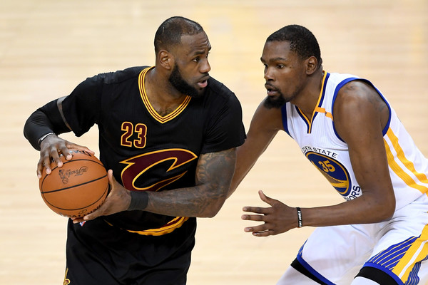 A rematch between the Cavaliers and Warriors. Photo: Thearon W. Henderson/Getty Images North America