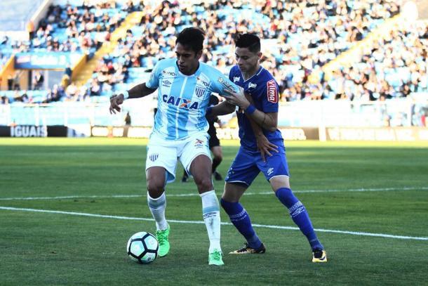 Artilheiro do Avai no Brasileiro, com nove gols, está à disposição para a rodada final (Foto: Jamira Furlani/Avaí FC)