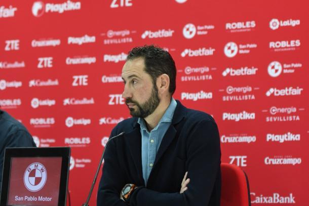 Pablo Machín en rueda de prensa | Foto: Sevilla FC