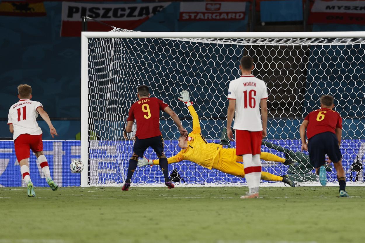 Gerard Moreno mandó el penalti al palo / FOTO: UEFA