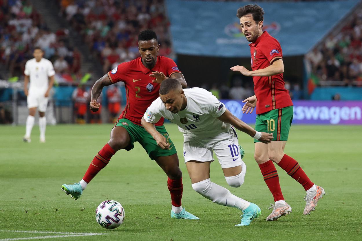 Mbappé no pudo lucir / FOTO: UEFA