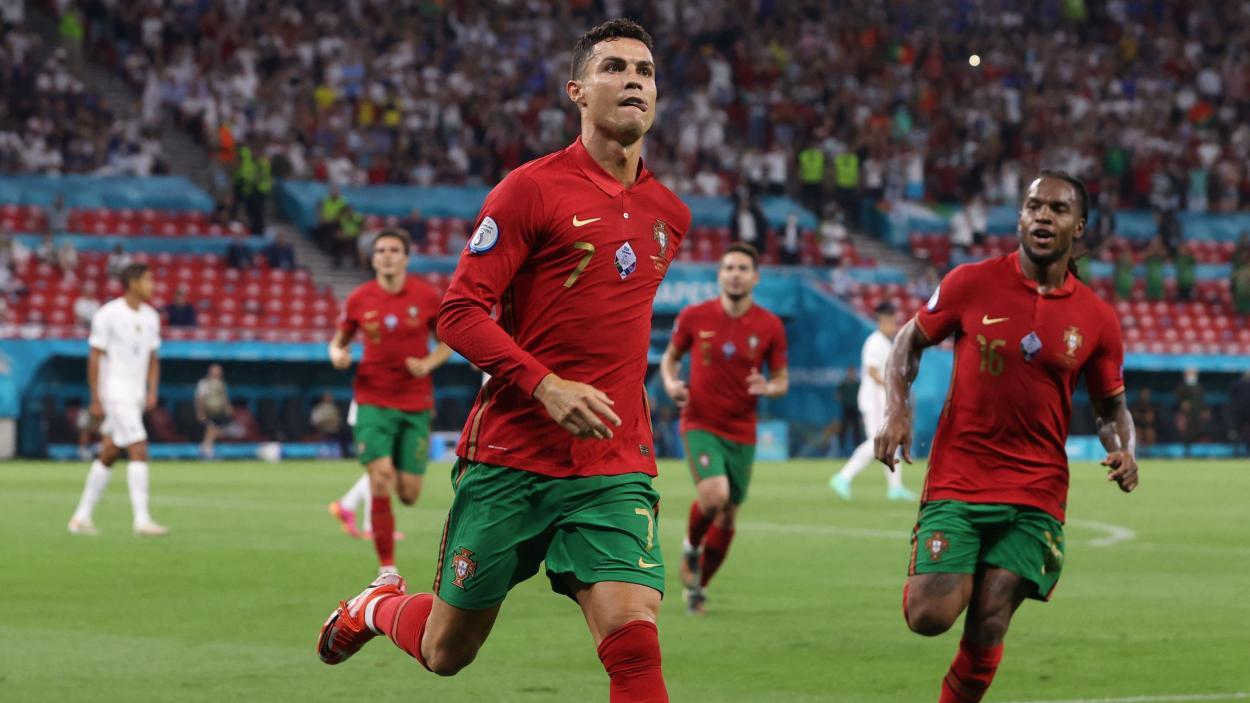 Cristiano Ronaldo celebrando uno de sus goles ante Francia / Foto: UEFA