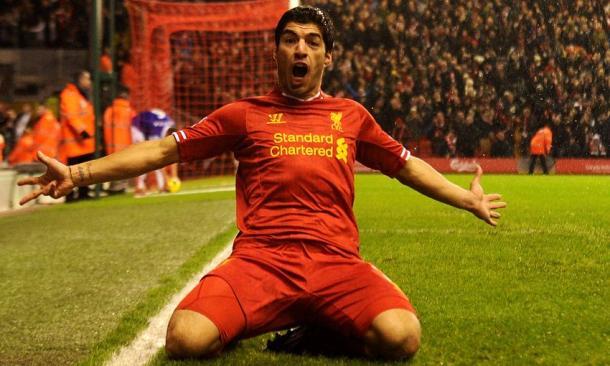 Luis Suárez celebrando un gol en Anfield   Imagen: Liverpool FC