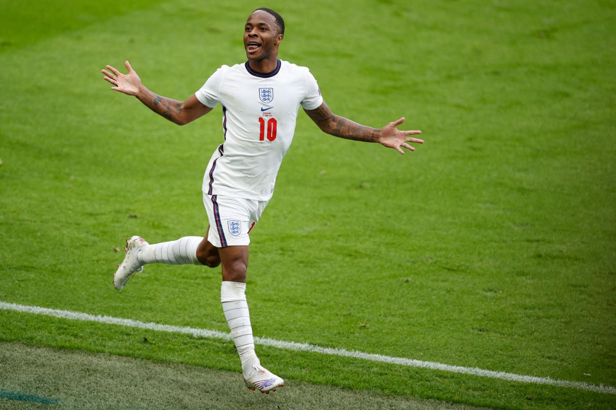 Sterling celebra el 1-0 / FOTO: UEFA