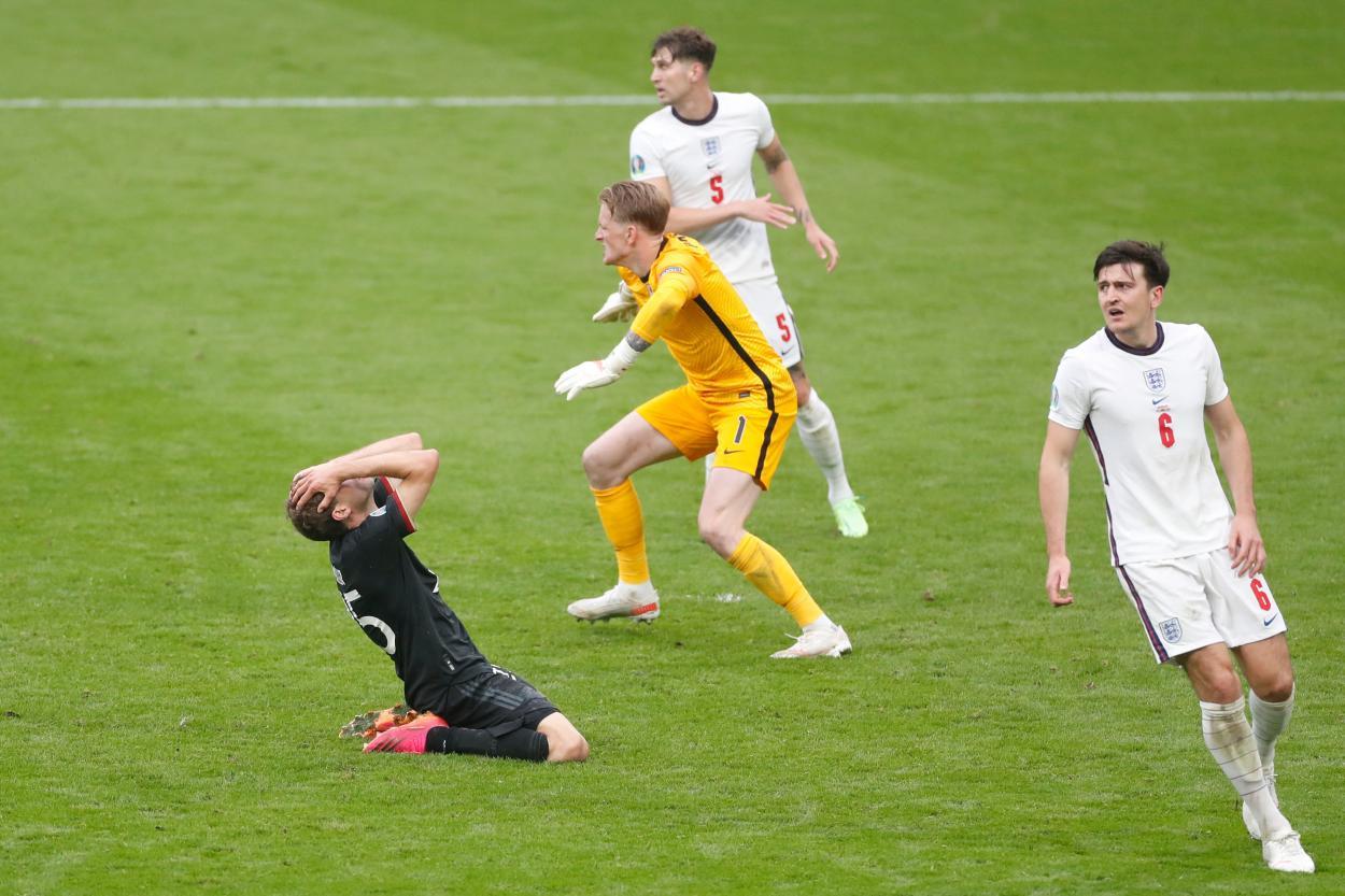 Müller tuvo en su bota empatar el partido en el 85 / FOTO: UEFA